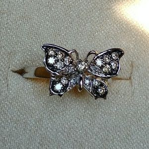 💘Champagne diamond butterfly ring💘